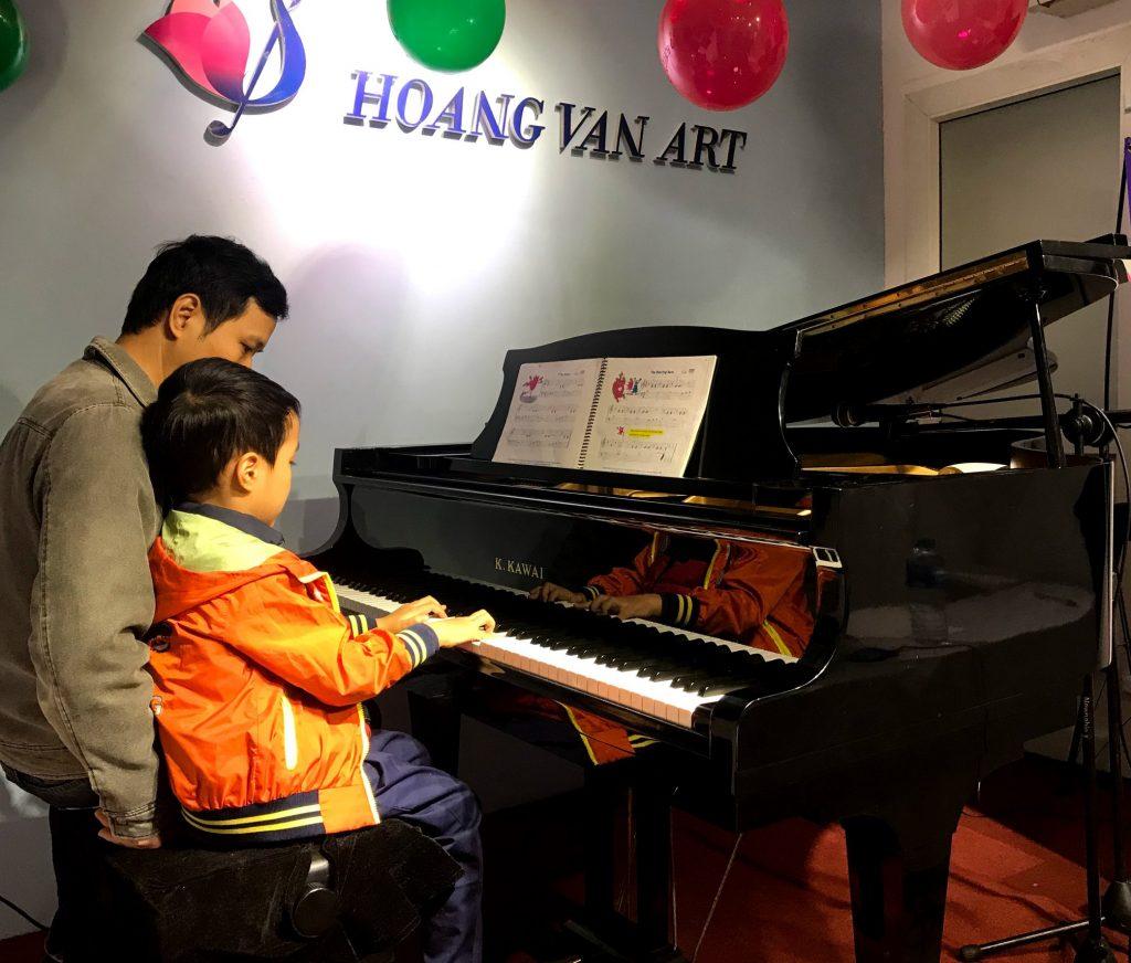 Hoang Van Art -Kỳ biểu diễn Kiểm tra quý 4 năm học 2019 - Môn Piano