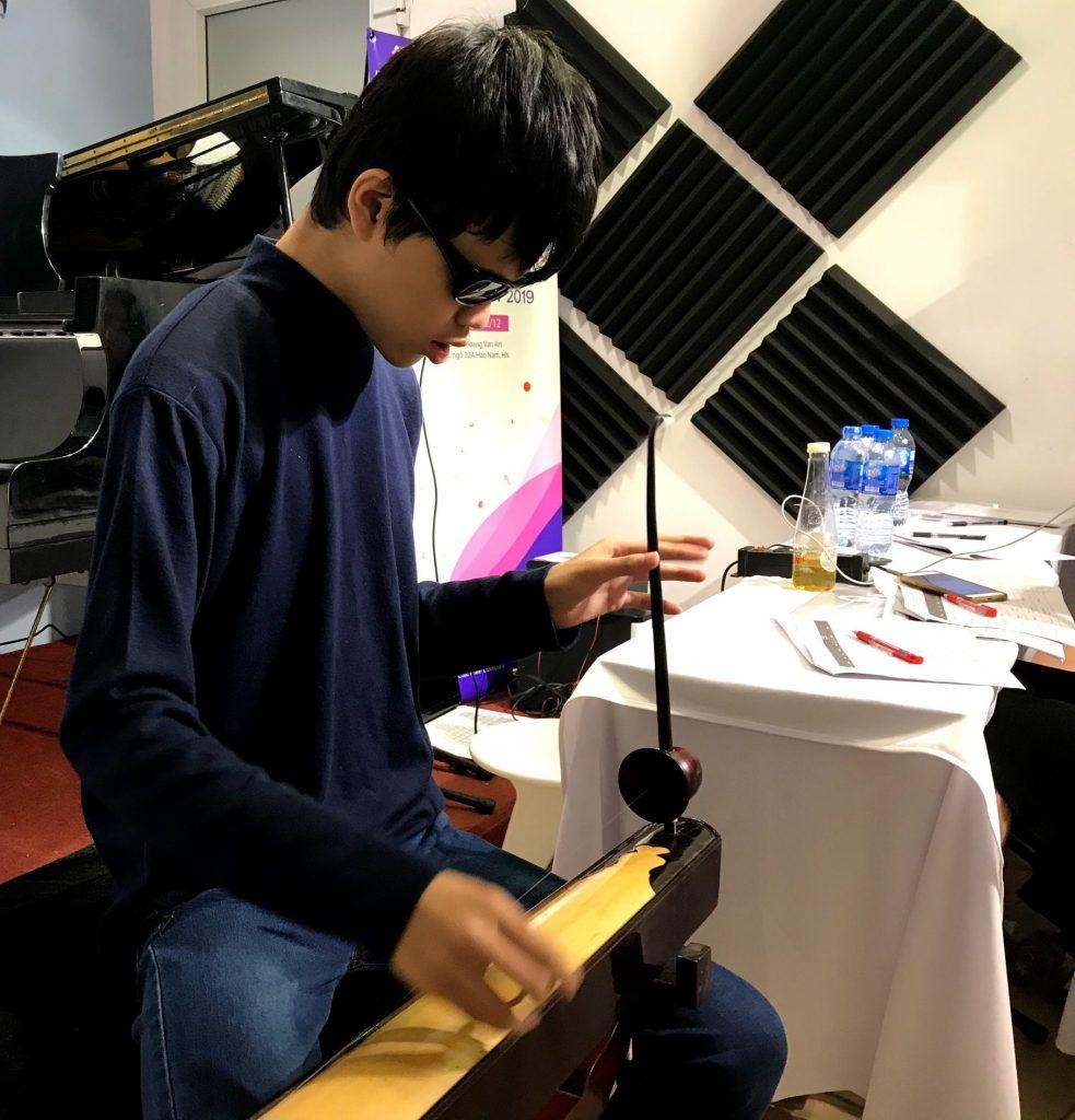 Hoang Van Art -Kỳ biểu diễn Kiểm tra quý 4 năm học 2019 - Môn Bầu